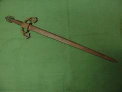 épée Type Médiéval-Historisme Premier XIX S.le - Knives/Swords