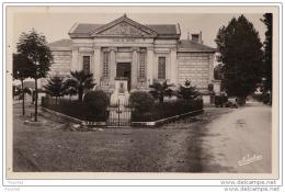 82) Moissac (Carte Photo Narbo) Le Palais De Justice - Moissac