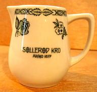 SOLLEROD KRO ANNO 1977 / SUISSE LANGENTHAL - Carafes