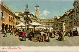 ITALIE VERONA PIAZZA DELLE ERBE (marché) - Verona