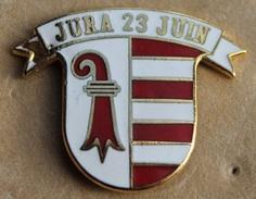 JURA 23 JUIN - DRAPEAU DU CANTON DU JURA - SUISSE - SCHWEIZ - SWITZERLAND - NAISSANCE DU CANTON 23 JUIN 1974 -  (18) - Badges