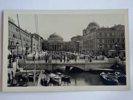 TRIESTE Vecchia Cartolina Canale Grande Ponterosso VELIERO Barche Pescatori 63817 - Trieste