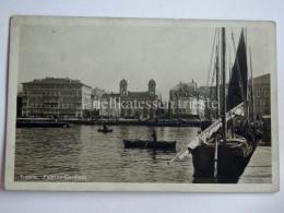 TRIESTE Vecchia Cartolina Palazzo Carciotti Barca Vela - Trieste