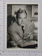 BOB HOPE - Vintage PHOTO Autograph REPRINT (SF-04) - Reproductions