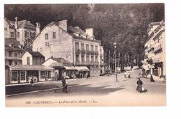 65 Cauterets La Place De La Mairie Cpa Animée - Cauterets