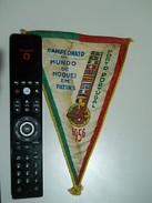 Souvenir * Campeonato Do Mundo De Hoquei Em Patins * Porto * Portugal * 1956 * Was Glued On Corners - Habillement, Souvenirs & Autres