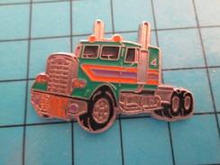 Pin1115c Pin's Pins : Rare Et Belle Qualité : TRANSPORTS / GRAND CAMION AMERICAIN VERT ET ORANGE - Transports