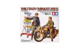Wehrmarcht Motorcycle Orderly Set ( Tamiya ) 1/35 - Plastic Models