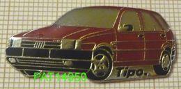 FIAT TIPO ROUGE  écrit Tipo.  En Version EPOXY - Fiat