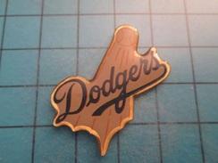 Pin412b Pin's Pins : Rare Et Belle Qualité :  BASE-BALL CLUB DES DODGERS - Baseball