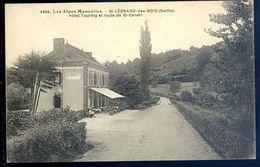 Cpa Du 72 Saint Leonard Des Bois , Hôtel Touring Et Route De St Ceneri     SEP17-31 - Saint Leonard Des Bois
