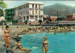 Loano (Savona, Liguria) Hotel Savoia, Spiaggia E Bagnanti Sugli Scogli, Savoia Hotel And Beach, Hotel Savoia Et Plage - Savona