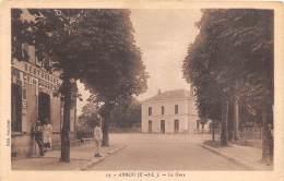 28 - EURE ET LOIR / Arrou - 28523 - La Gare - France