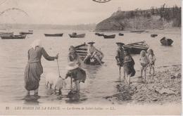 35.- SAINT-SULIAC .- La Grève De St-Suliac - (animée) - Les Bords De La Rance - Promenade Du Cochon Dans La Rance ! - Saint-Suliac