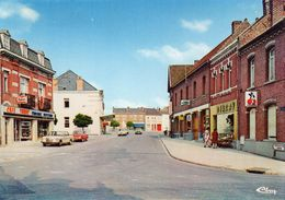 VITRY En ARTOIS  -  Rue De La Mairie  ( Café Tabac , Commerces..) - Vitry En Artois