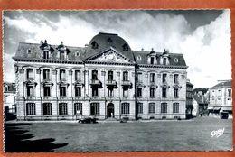 22    CPSM Petit Format De SAINT BRIEUC  La Poste     Bon état - Saint-Brieuc
