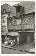 35 - Dol-de-Bretragne       Ancienne Maison Picrel - Cour Des Charretiers - Dol De Bretagne