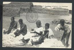 +++ CPA - Afrique - SOUDAN - Travail Du Coton Indigène - Le Cardage  // - Soudan