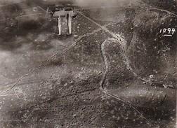 Foto Luftbild - Bombentrichter - Artillerie-Meßabteilung Der Artillerie-Meßschule Wahn - 1. WK - 11*8cm (30757) - War, Military
