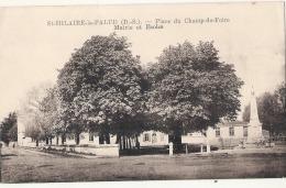 ----  79 ----- ST HILAIRE LA PALUD  Place Du Champ De Foire Mairie écoles Neuve Excellent état - Other Municipalities