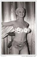 Sexy BRIGITTE BARDOT Actress PIN UP Postcard - Publisher RWP 2003 (94) - Entertainers