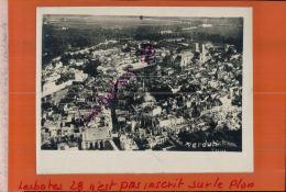 Photo Guerre 1914-18  VERDUN BOMBARDE  VUE PRISE D'AVION  Ou BALLON OBSERVATION (SAUCISSE)  SEPT 2017  355 - Guerre, Militaire