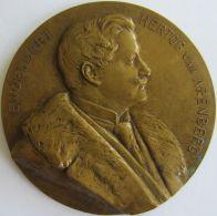 M05272  ENGELBERT HERTOG VAN ARENBERG - Son Buste (88g)  Koninklijke Fanfaren Ste Cecilia ...au Revers - Royal / Of Nobility