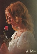 FEMME--la Rosée Du Soir Distille --photo  M.  HALLINAN--voir 2 Scans - Femmes