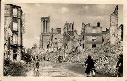 14 - CAEN - Bombardements - Rue Saint-Jean - Caen