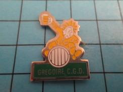 Pin811a Pin's Pins : Rare Et Belle Qualité : BIERES / IVROGNE CHEVAUCHANT UN TONNEAU DE BIERE GREGOIRE CGD - Bière