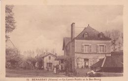 86 - Benassay, Le Lavoir Public Et Le Bas Bourg - Francia