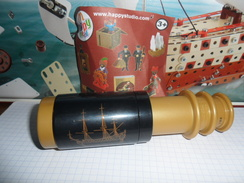 TINTIN ET LE SECRET DE LA LICORNE  /  FIGURINE MAC DO  2011 /  LONGUE VUE   NEUVE - Tintin