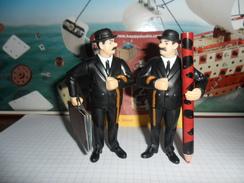 TINTIN ET LE SECRET DE LA LICORNE  /  FIGURINE MAC DO  2011 /  DUPOND ET DUPONT  AVEC COFFRE  NEUVE - Tintin
