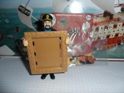 TINTIN ET LE SECRET DE LA LICORNE  /  FIGURINE MAC DO  2011 /  HADDOCK AVEC CADRE NEUVE - Tintin