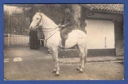 C-P-A-(A Identifier )- Un Militaire En Uniforme Sur Son Cheval . - Guerre 1914-18