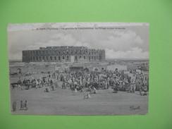 CPA  -  El Djem (Thysdrus) - Vue Générale De L'Amphithéâtre - Le Village Un Jour De Marché  1916 - Túnez