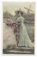 FEMMES - FRAU - LADY - Jolie Carte Fantaisie Portrait Femme Moulin - Mujeres