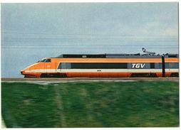 CPM  TGV  PARIS SUD EST  MOTRICE RAME N° 24 - Trains