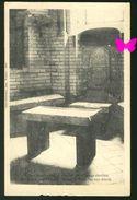 VOUNEUIL SOUS BIARD - Table D'Autel Païen Transformé Pour L'Usage Chrétien - Vouneuil Sous Biard