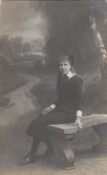 Photographie - Carte-Photo - Jeune Fille Famille Felot - Photographe Samson Liège Belgique - 1912 - Photographie