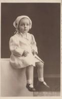 Photographie - Carte-Photo - Petite Fille Famille Damry - Photographe Groeff Bressoux Liège Belgique - Photographie