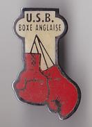 PIN'S THEME BOXE  ANGLAISE  U S B  CLUB DE BERGERAC  EN DORDOGNE - Boxing