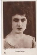 SUZANNE DELMAS - Actors