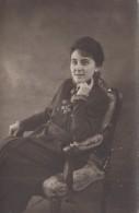 Photographie - Carte-Photo - Jeune Femme - Castres 5 Mars 1919 - Photographie