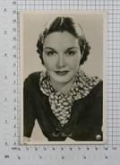 GAIL PATRICK - Vintage PHOTO POSTCARD (AT-115) - Actors