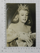 ANGELA LANSBURY (The Court Jester 1955) - Vintage PHOTO REPRINT (AT-143) - Reproductions