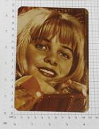 SUE LYON - Vintage PHOTO REPRINT (AT-145) - Reproductions