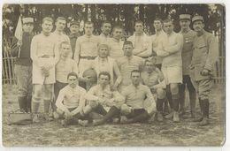 MILITARIA SPORT FOOTBALL GUERRE 14/18 Carte Photo Bromure Poilus Militaire Avec Col N° 3 A Localiser A Identifier - Guerra 1914-18