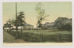 CHARLEROI : La Gare Du Sud Et La Poste - Colorisée (f7447) - Charleroi