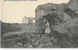 LA PLAINE PREFAILLES - La Roche Percée - 208 - Préfailles